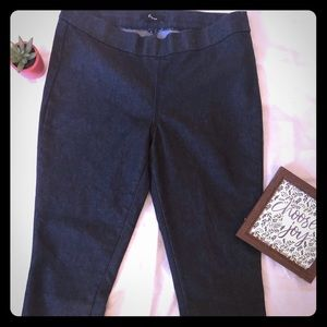 Express Cropped Dark Denim Jeggings Size 8